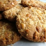 Macadamia Wholemeal Shortbread Cookies