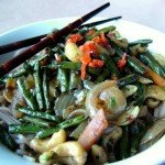 Sweet and Spicy Snake Beans