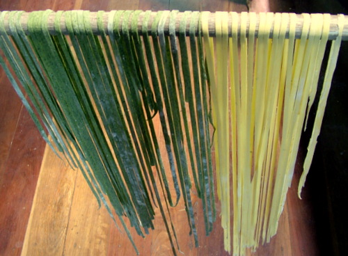 spinach and pumpkin pasta drying