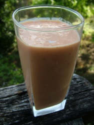 pawpaw-and-strawberry-smoothie